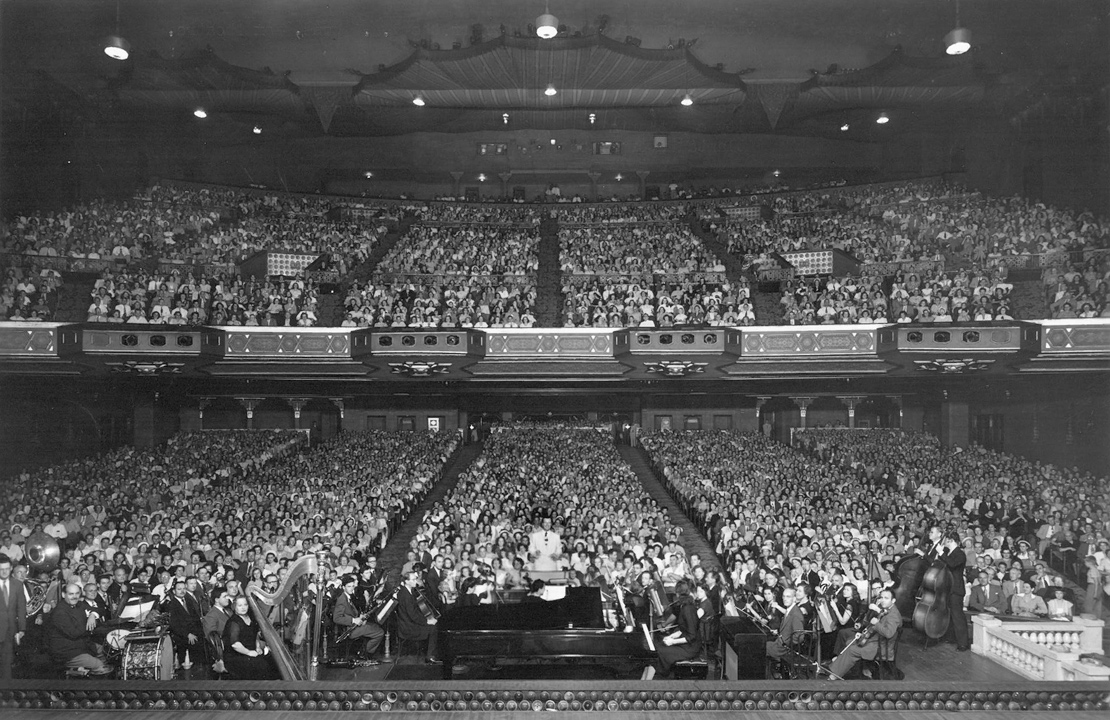 Albert Coleman conducts The Atlanta Pops Orchestra at the Fox Theater, 1945.