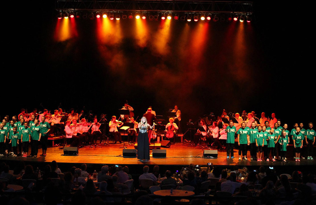 Chloë Agnew & The Lisa Kelly Voice Academy Singers with Atlanta Pops Orchestra